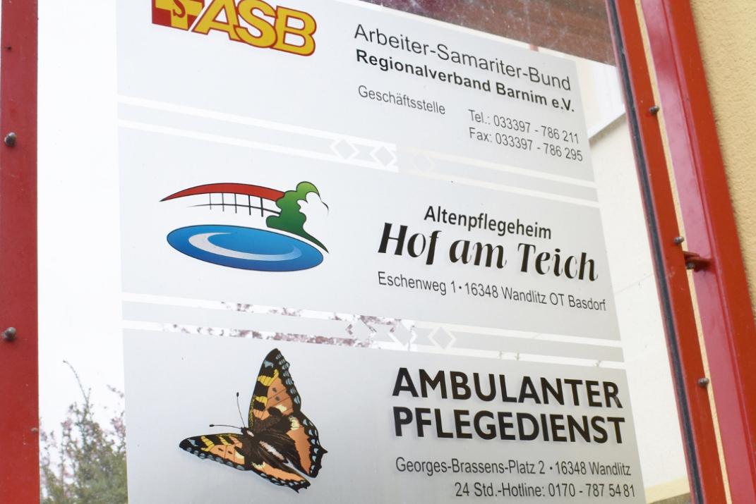 1_ASB17_Schilder (1071x715).jpg